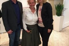 Gemeinsames Foto mit Andreas Elmer, Dr. Silvia Kastell und Ministerpräsidentin Manuela Schwesig